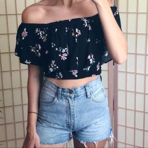 Kendall & Kylie smoked Flowy off shoulder crop top